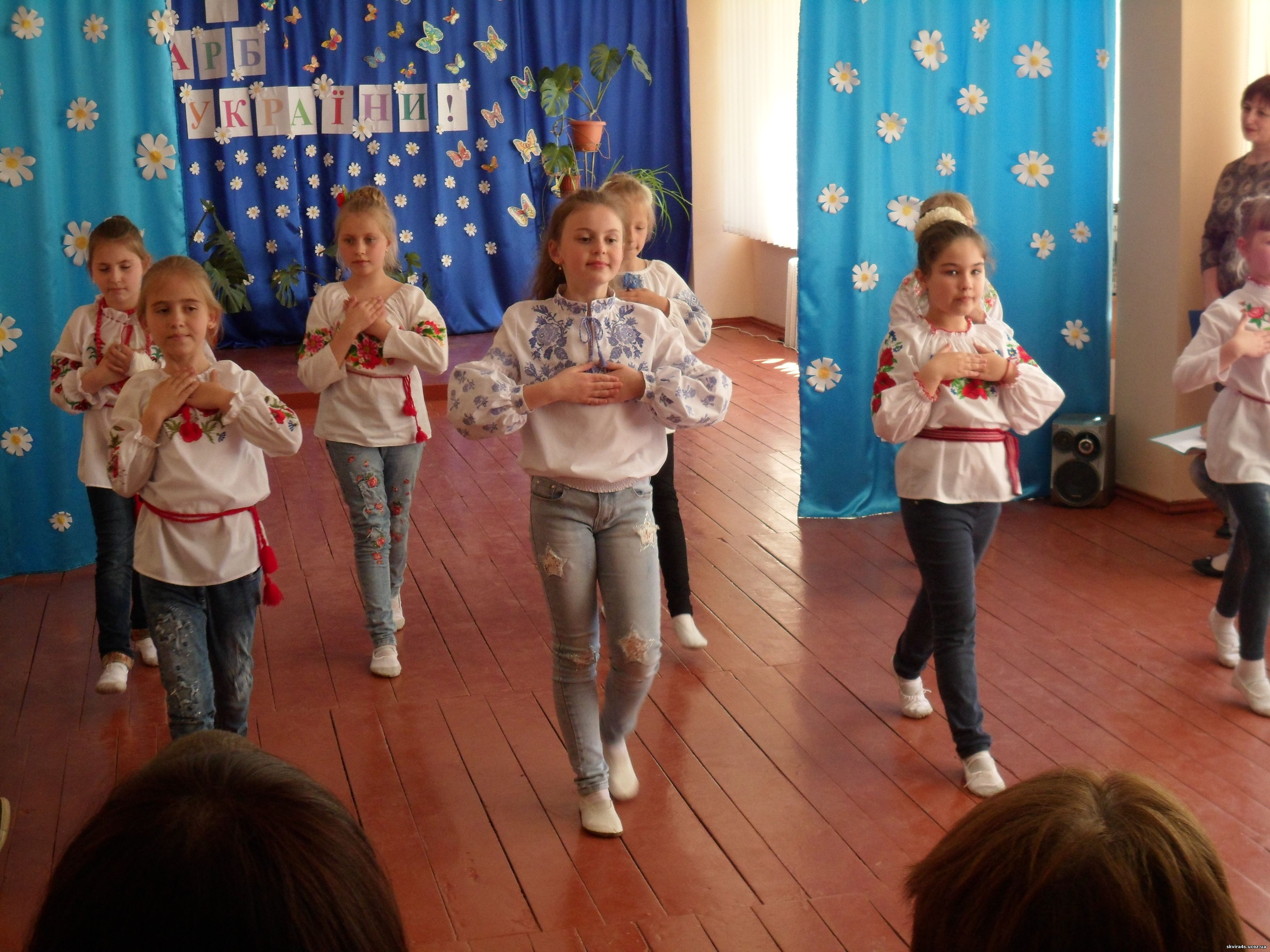 http://skvira4s.ucoz.ua/foto/15-05-17/SAM_5651.jpg