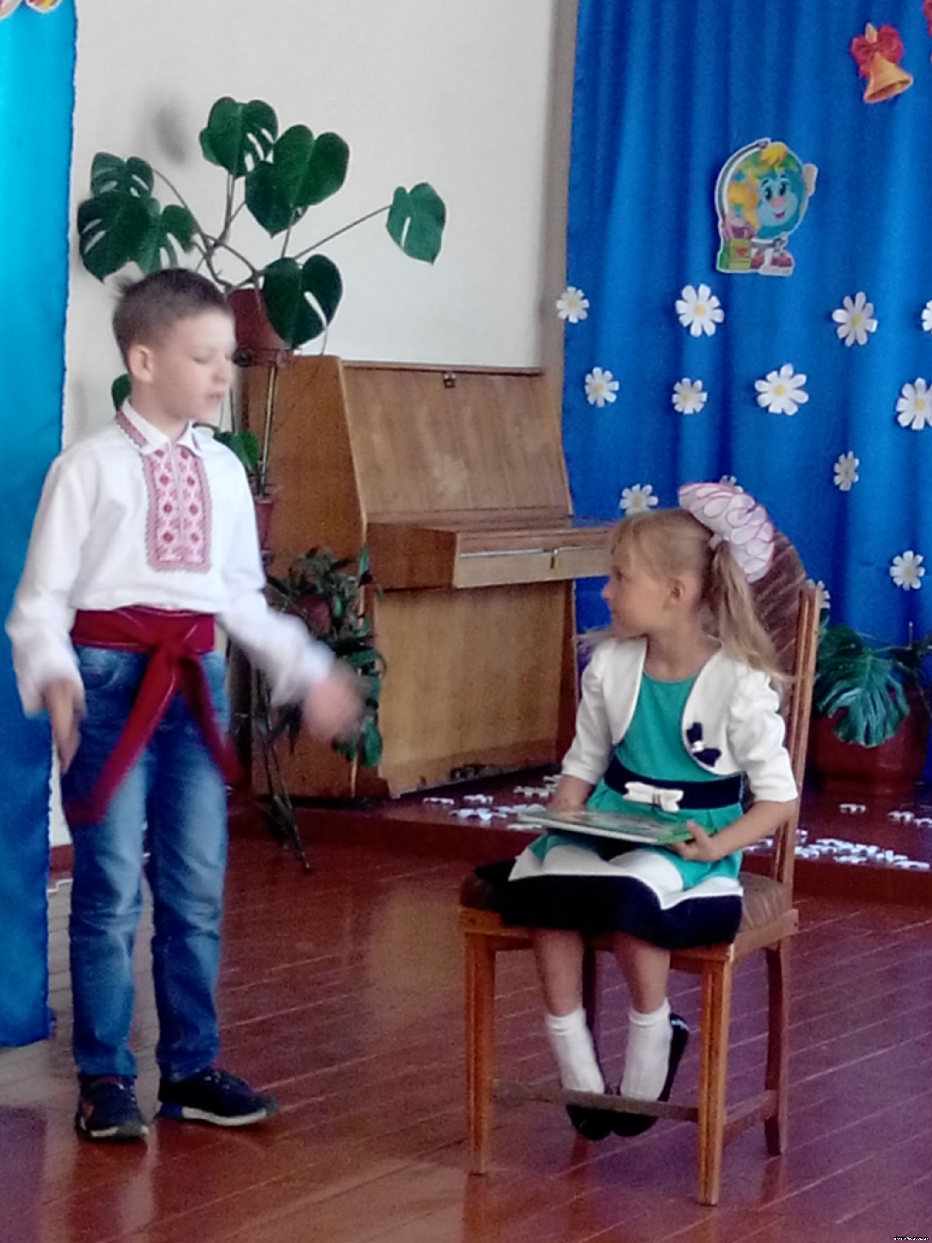 http://skvira4s.ucoz.ua/foto/23-05--17/2017523102845.jpg