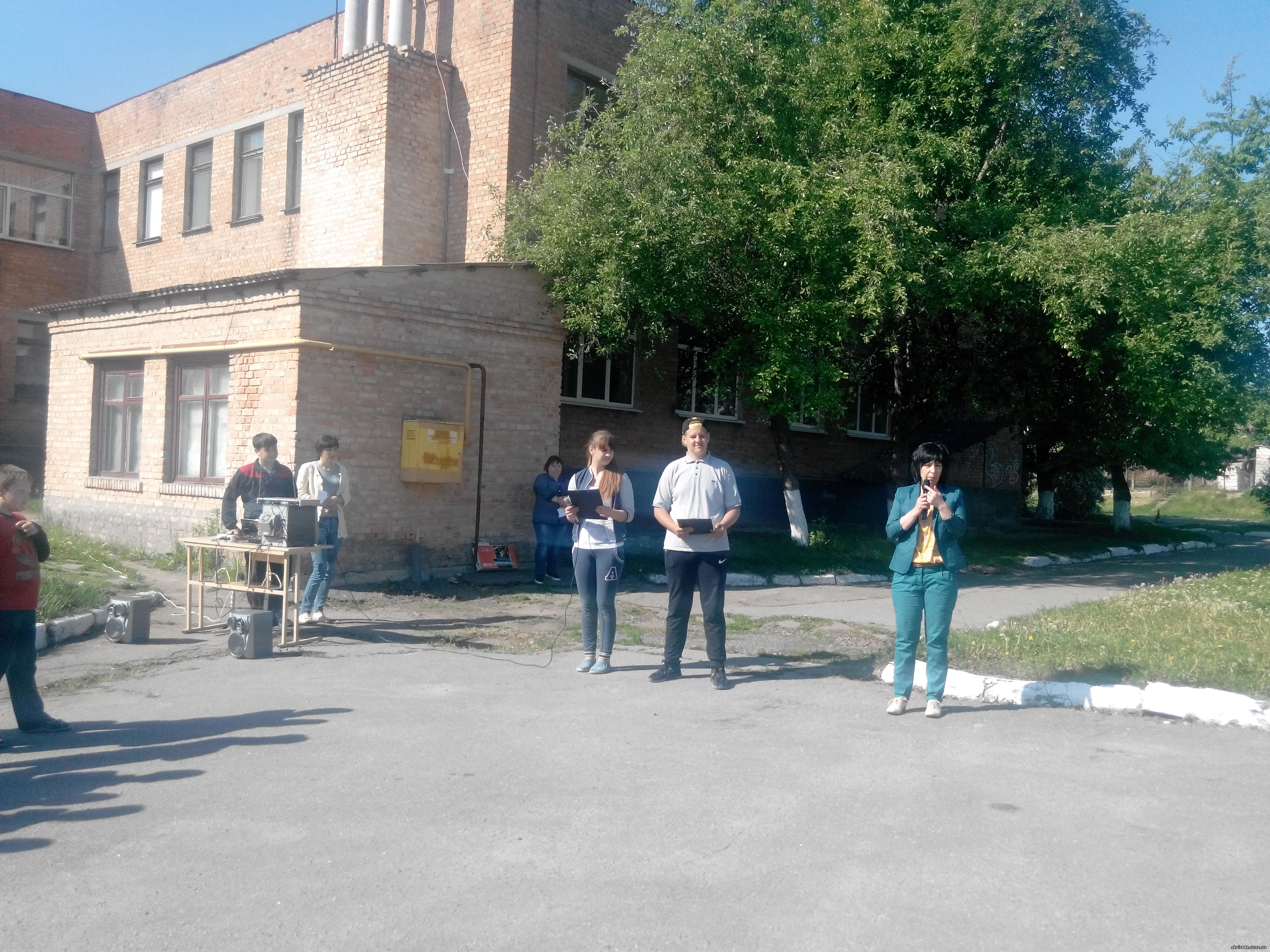 http://skvira4s.ucoz.ua/foto/24-05-17-1/2017524091553.jpg
