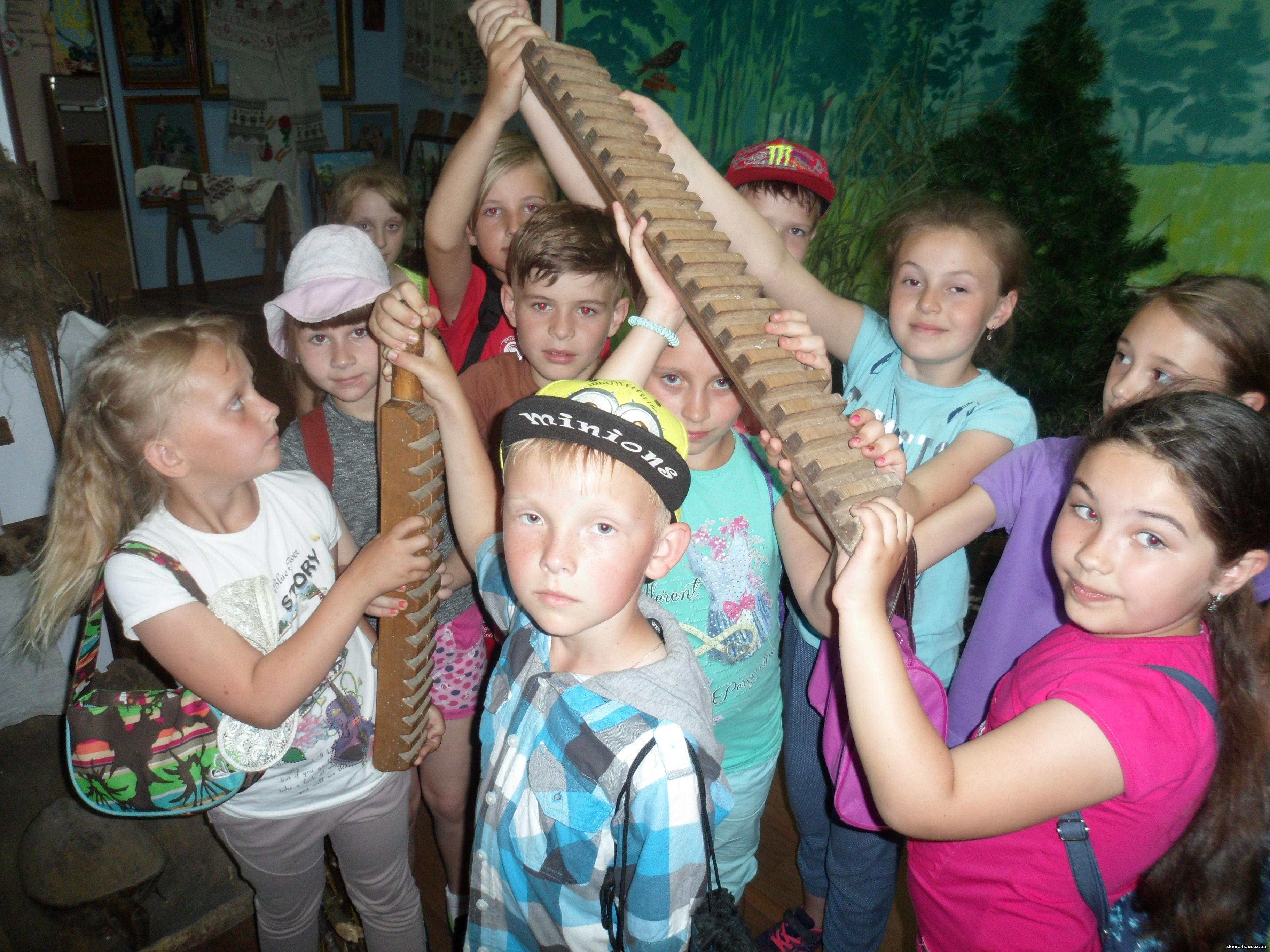 http://skvira4s.ucoz.ua/foto/tabir-17/myzej/SAM_5791.jpg